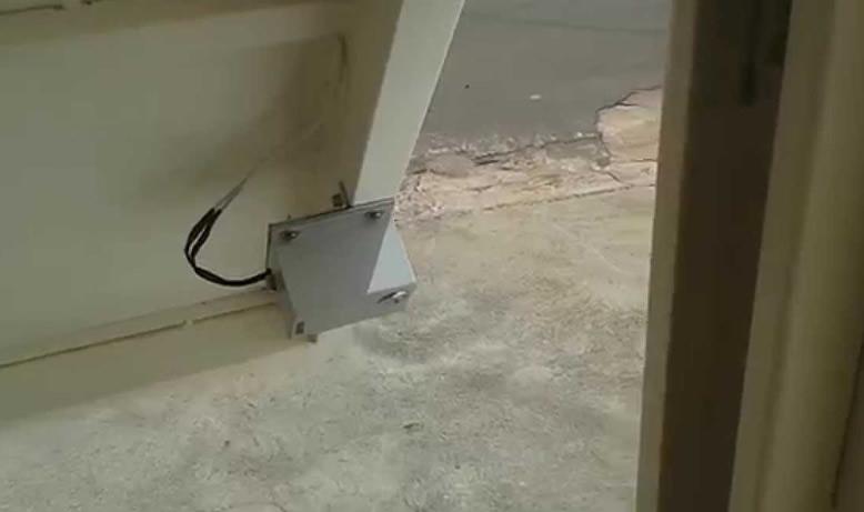 trava elétrica para portão